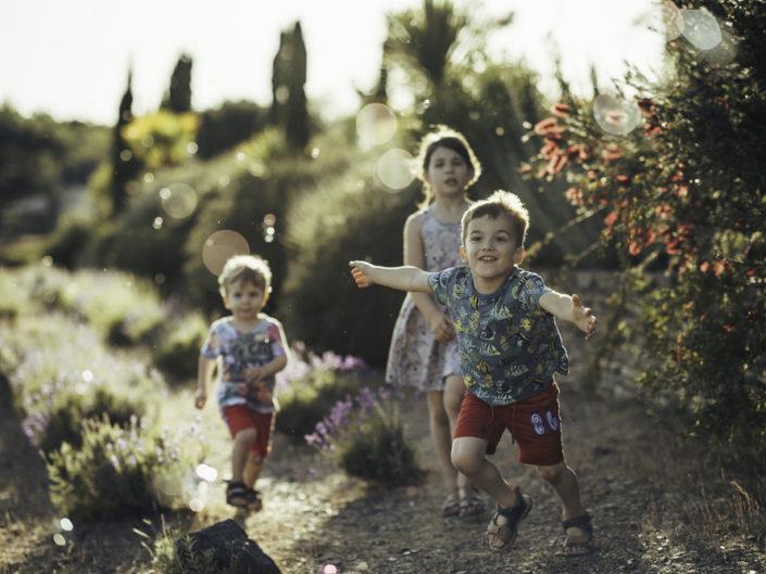 En famille au Jardin Méditerranéen